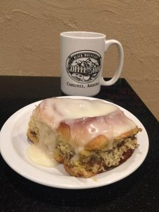 Black Mountain Coffee shop cinnamon roll & coffee